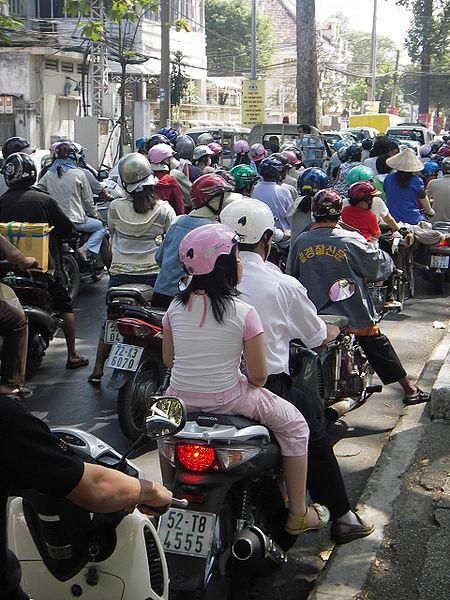 450px-Motorbike_jam_Saigon_Vietnam